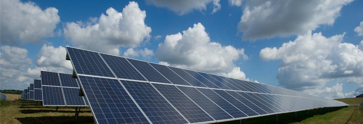 Solar 'set for 2019 surge'